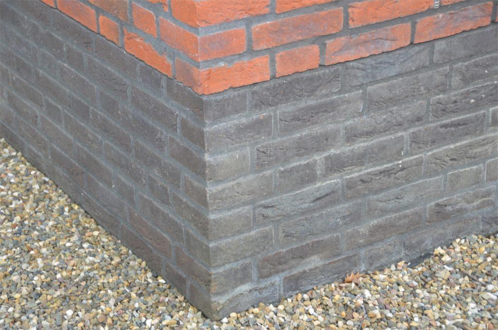 drijvers-oisterwijk-boerderij-baksteen-gemetselde-plint