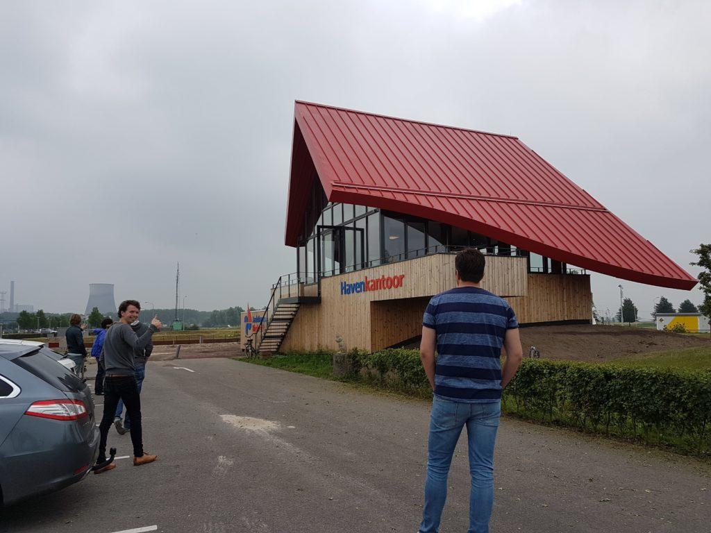 drijvers-oisterwijk-haven-kantoor-ramen-felsdak-aluminium-dak-1-min
