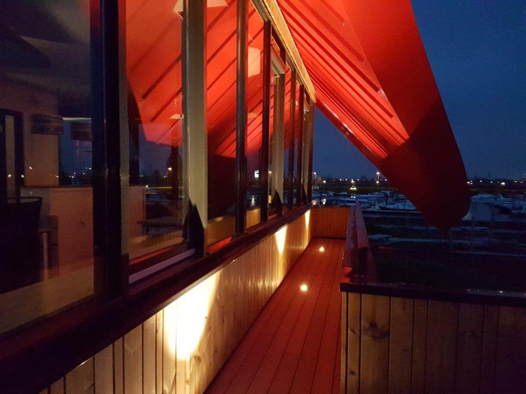 drijvers-oisterwijk-haven-kantoor-ramen-felsdak-aluminium-dak-licht-min