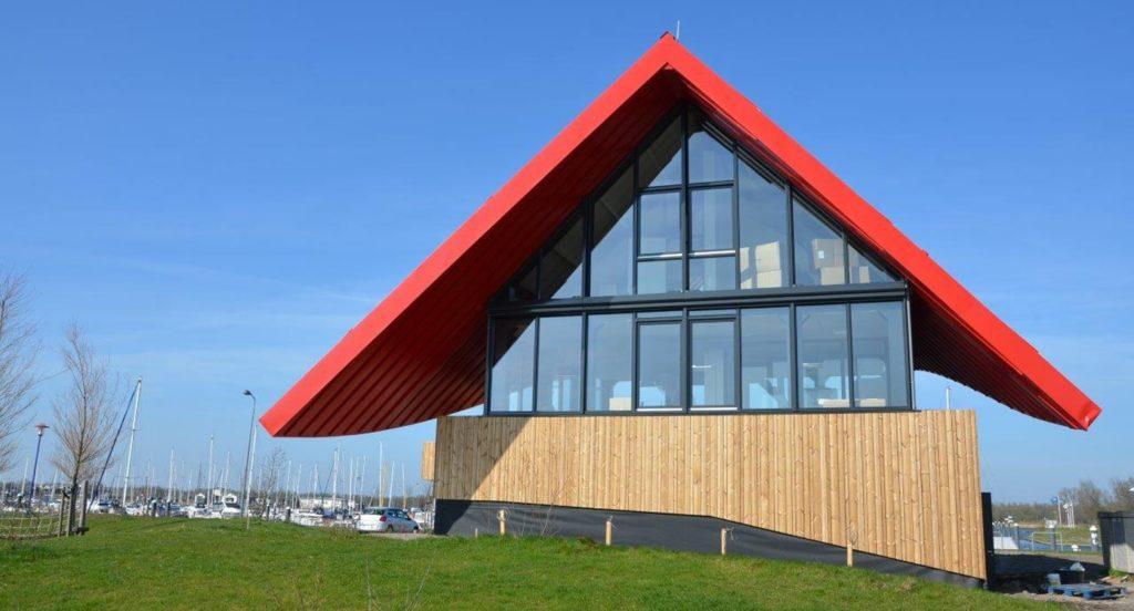 drijvers-oisterwijk-havenkantoor-ramen-felsdak-aluminium-dak-min