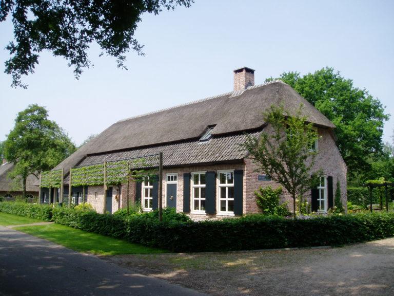 -drijvers-oisterwijk-boerderij-tuin-schuur-10