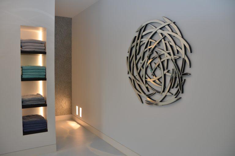 drijvers-oisterwijk-interieur-badkamer-planken-kunst