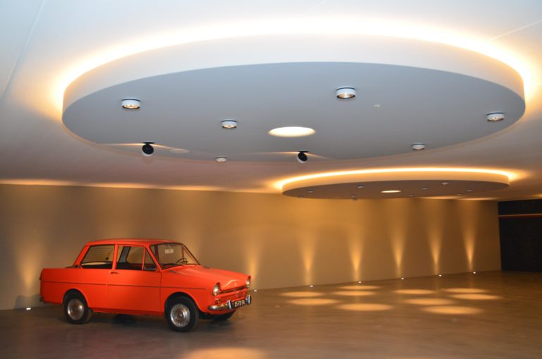 drijvers-oisterwijk-interieur-garage-kever-auto