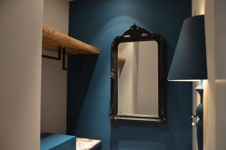 drijvers-oisterwijk-interieur-kapstok-spiegel-lamp