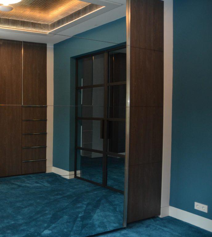 drijvers-oisterwijk-interieur-kledingkast-schuifdeur-spiegel