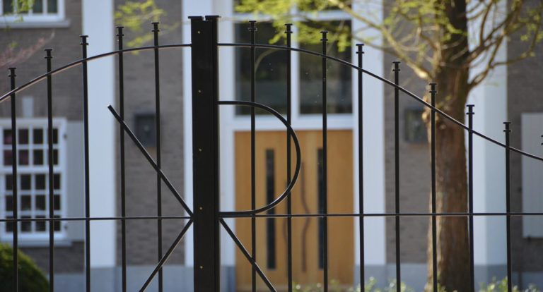 drijvers-oisterwijk-landelijke-villa-raam-voordeur-poort