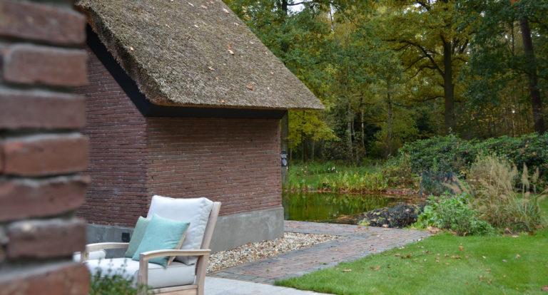 drijvers-oisterwijk-bosvilla-riet-hout-bungalow (10)