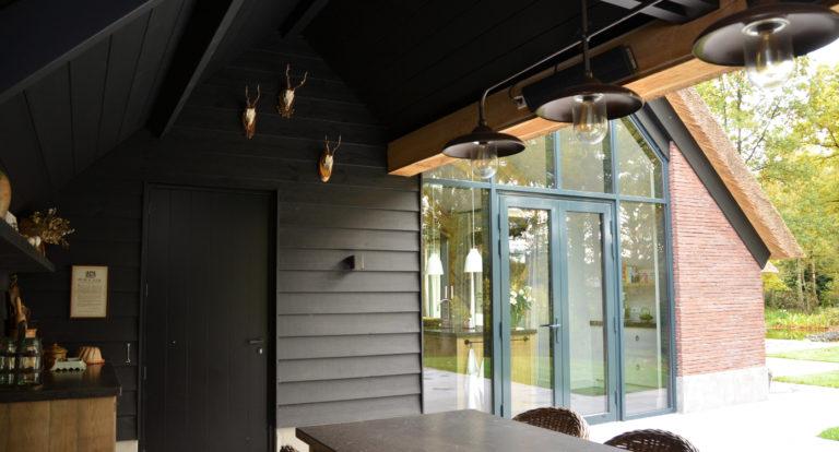 drijvers-oisterwijk-bosvilla-riet-hout-bungalow (11)