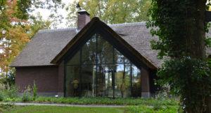 drijvers-oisterwijk-bosvilla-riet-hout-bungalow (5)