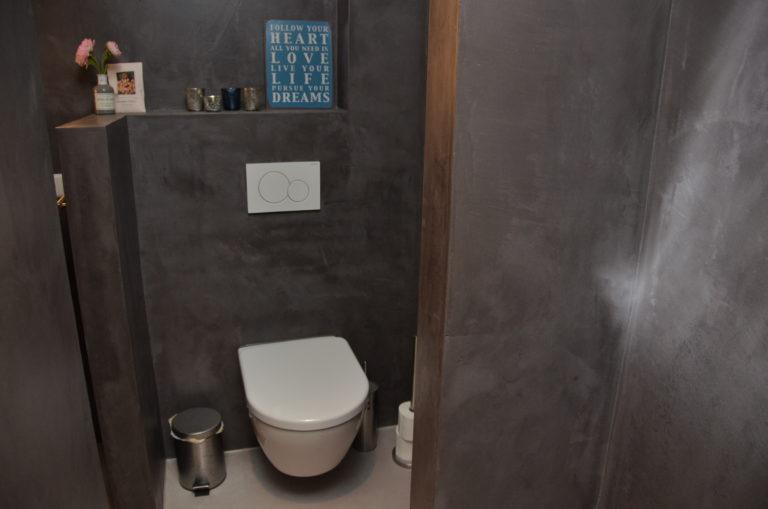 drijvers-oisterwijk-interieur-landelijke-wc-tegels-hout