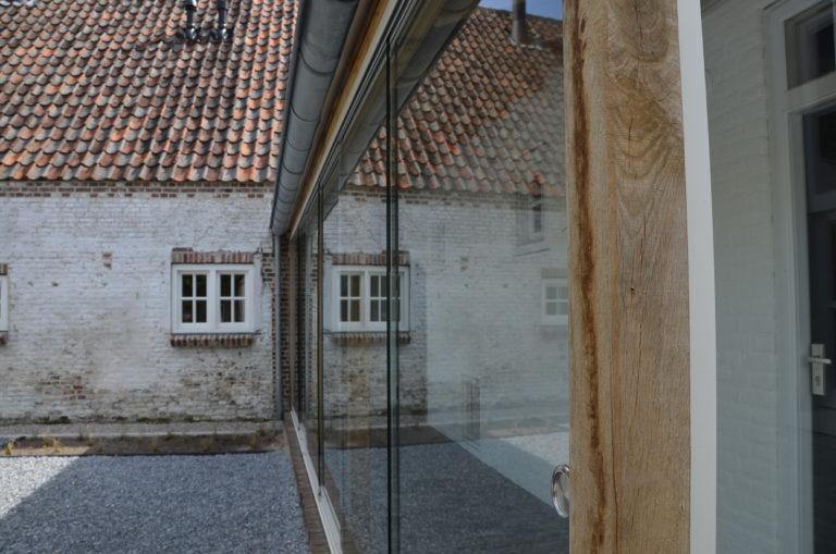drijvers-oisterwijk-landelijk-boederij-dakpannen-hout-glas