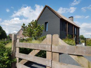 drijvers-oisterwijk-schuurwoning-riet-hout-hekwerk-min