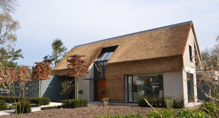 drijvers-oisterwijk-ext-villa-verticaal-riet-01 (7)
