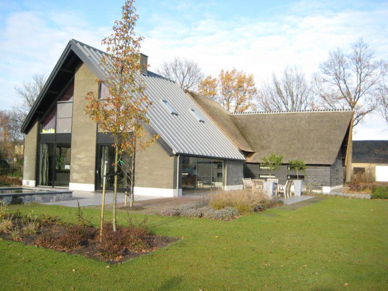 drijvers-oisterwijk-someren-villa-boerderij-modern-architectuur-riet-zink (10)