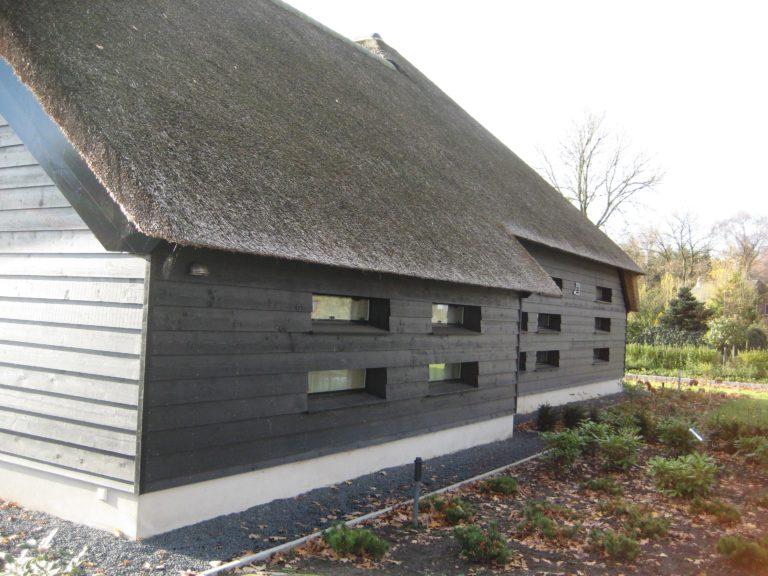 drijvers-oisterwijk-someren-villa-boerderij-modern-architectuur-riet-zink (12)