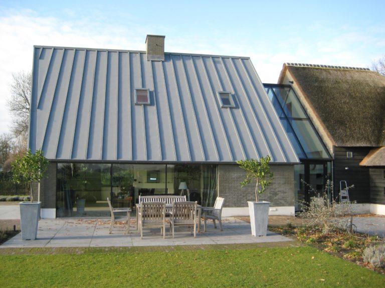 drijvers-oisterwijk-someren-villa-boerderij-modern-architectuur-riet-zink (9)