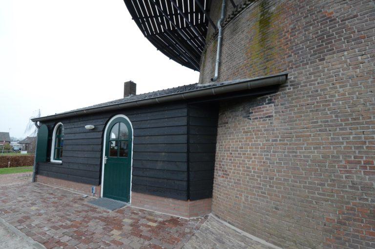 drijvers-oisterwijk-molen-wieken-hout-bakstenen-winkel-exterieur-verbouwing (15)