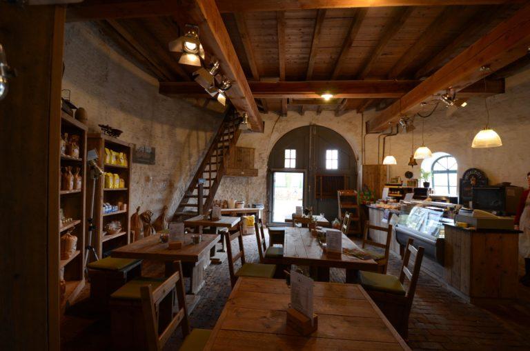 drijvers-oisterwijk-molen-wieken-hout-bakstenen-winkel-interieur-verbouwing-keuken (4)
