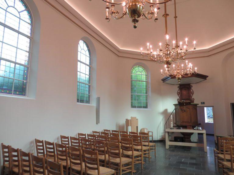drijvers-oisterwijk-kerk-kerkstraat-verbouwing-exterieur-glas-in-lood-bakstenen-pannendak-utiliteit(10)
