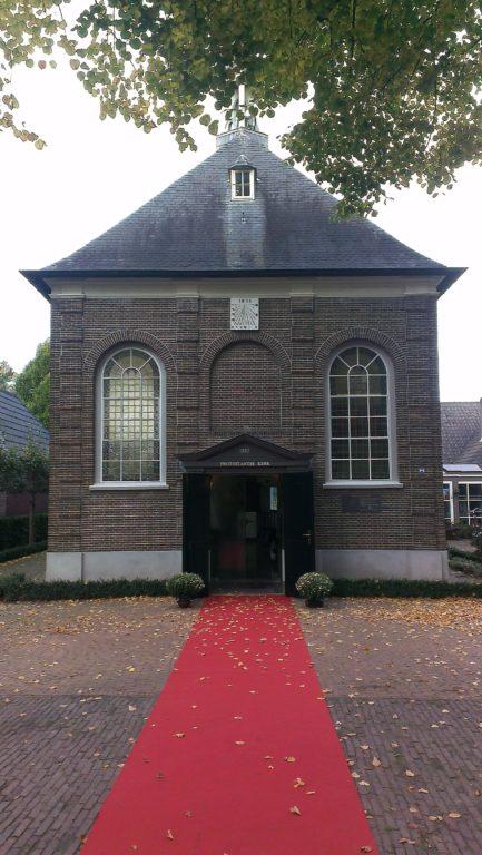 drijvers-oisterwijk-kerk-kerkstraat-verbouwing-exterieur-glas-in-lood-bakstenen-pannendak-utiliteit(5)