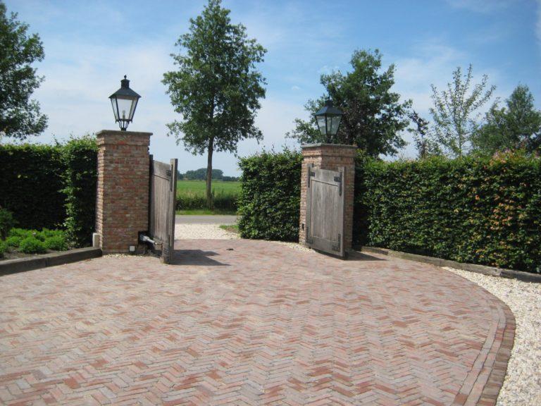 drijvers-oisterwijk-boerderij-exterieur-restauratie-interieur-zwembad-spanten (1)