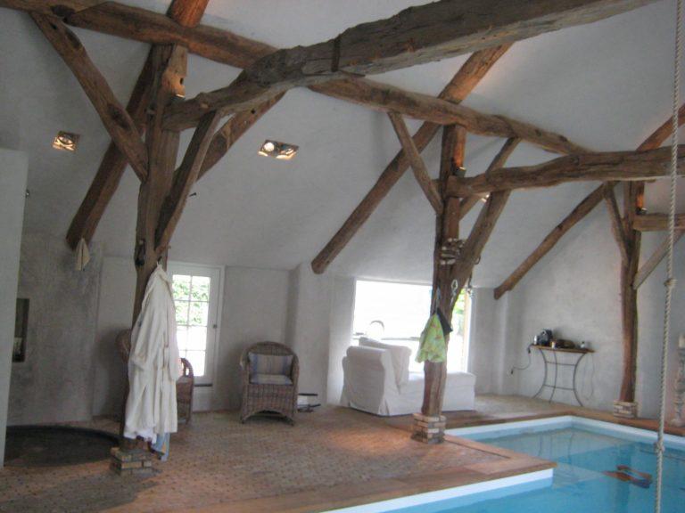 drijvers-oisterwijk-boerderij-exterieur-restauratie-interieur-zwembad-spanten (8)