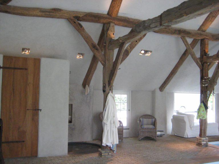 drijvers-oisterwijk-boerderij-exterieur-restauratie-interieur-zwembad-spanten (9)