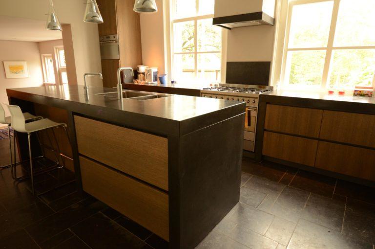drijvers-oisterwijk-verbouwing-keuken-betonblad-interieur-landelijk-traditioneel-particulier-woonhuis (27)