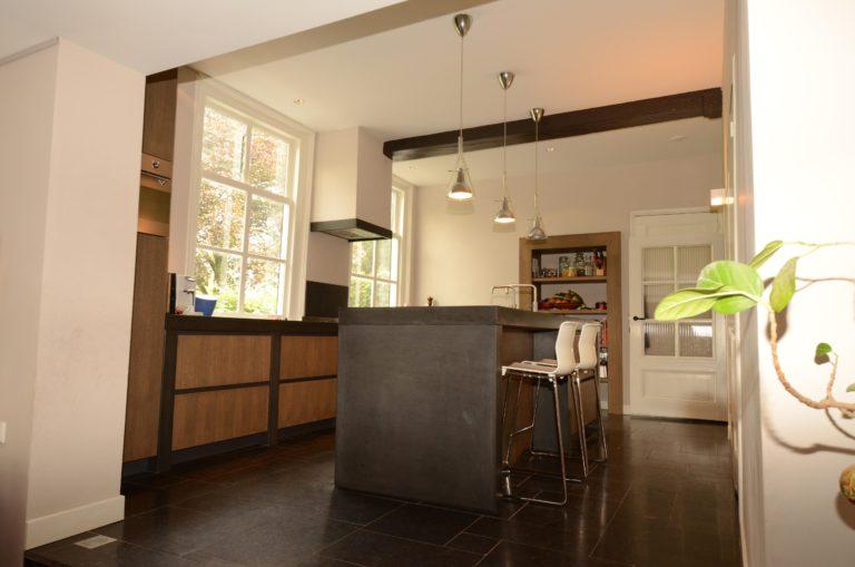 drijvers-oisterwijk-verbouwing-interieur-keuken-landelijk-traditioneel-particulier-woonhuis (3)
