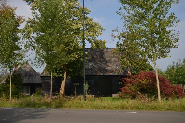 drijvers-oisterwijk-restauratie-exterieur-boerderij-pannendak-houten-gevel-ramen-deuren-spanten-bakstenen-landelijk (16)