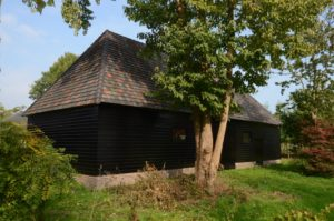 drijvers-oisterwijk-restauratie-exterieur-boerderij-pannendak-houten-gevel-ramen-deuren-spanten-bakstenen-landelijk (19)