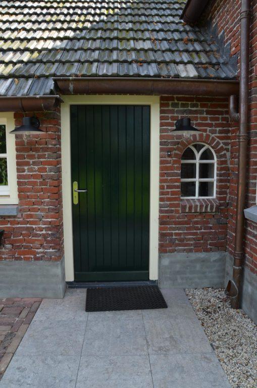 drijvers-oisterwijk-boerderij-deur-dakpannen-rietgedekt-luiken-traditioneel-landelijk-raam-schoorsteen-dakkapel (1)