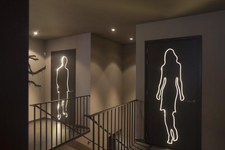 drijvers-oisterwijk-sec-interieur-deur-signing-verlichting-restaurant-warm-gezellig-vuurtafel (1)