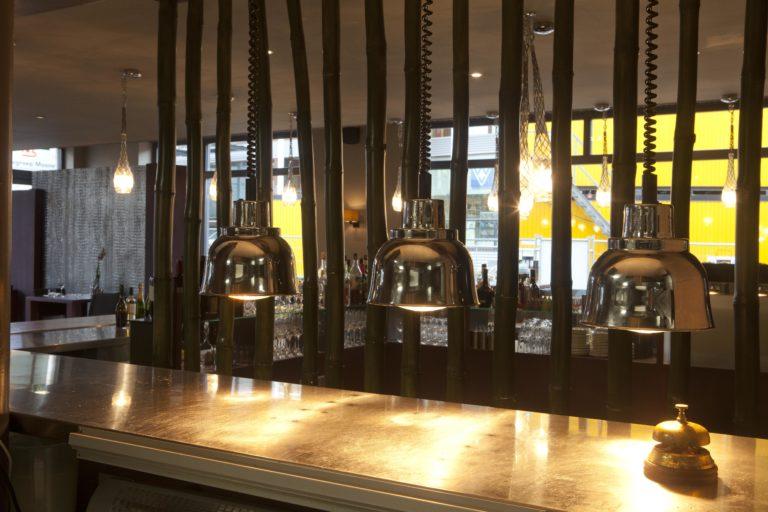drijvers-oisterwijk-sec-interieur-verlichting-restaurant-warm-gezellig-vuurtafel (10)