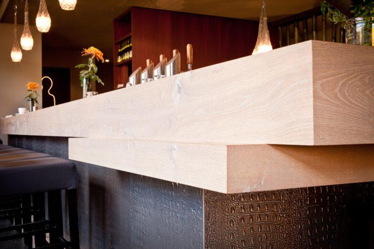 drijvers-oisterwijk-sec-detail-bar-interieur-restaurant-warm-gezellig-vuurtafel (29)