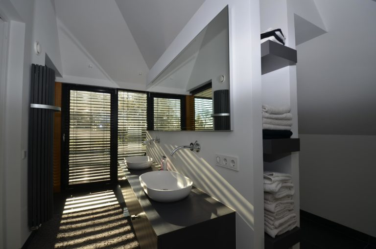 drijvers-oisterwijk-nieuwbouw-badkamer-interieur-strak-modern (2)