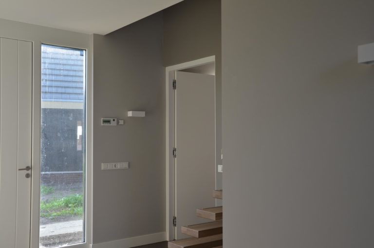 drijvers-oisterwijk-nieuwbouw-woonhuis-interieur-pannendak-metselwerk-houten-gevel-verlichting-modern-landelijk-ramen-deuren (10)