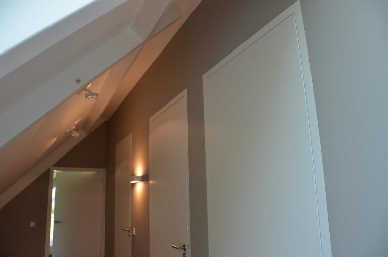 drijvers-oisterwijk-nieuwbouw-woonhuis-interieur-pannendak-metselwerk-houten-gevel-verlichting-modern-landelijk-ramen-deuren (17)