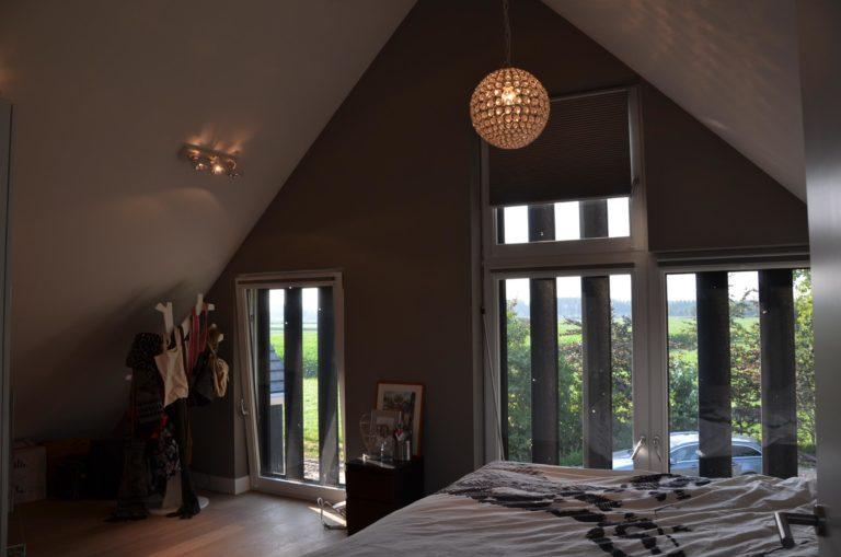 drijvers-oisterwijk-nieuwbouw-woonhuis-interieur-pannendak-metselwerk-houten-gevel-verlichting-modern-landelijk-ramen-deuren (18)