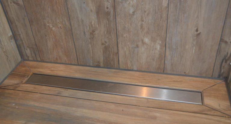 drijvers-oisterwijk-nieuwbouw-douche-afvoer-goot-woonhuis-interieur-pannendak-metselwerk-houten-gevel-verlichting-modern-landelijk-ramen-deuren (8)
