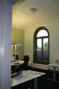 drijvers-oisterwijk-station-vught-verbouwing-interieur-kantoor-tapijt-grijs-groen (17)