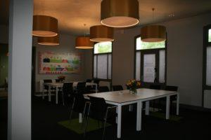 drijvers-oisterwijk-station-vught-verbouwing-interieur-kantoor-tapijt-grijs-groen (2)