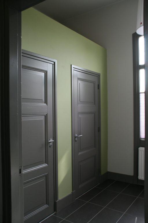 drijvers-oisterwijk-station-vught-deur-verbouwing-interieur-kantoor-tapijt-grijs-groen (22)