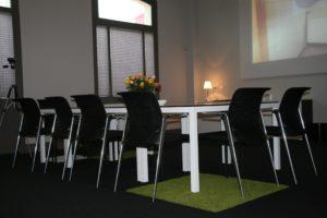 drijvers-oisterwijk-station-vught-verbouwing-interieur-kantoor-tapijt-grijs-groen (5)