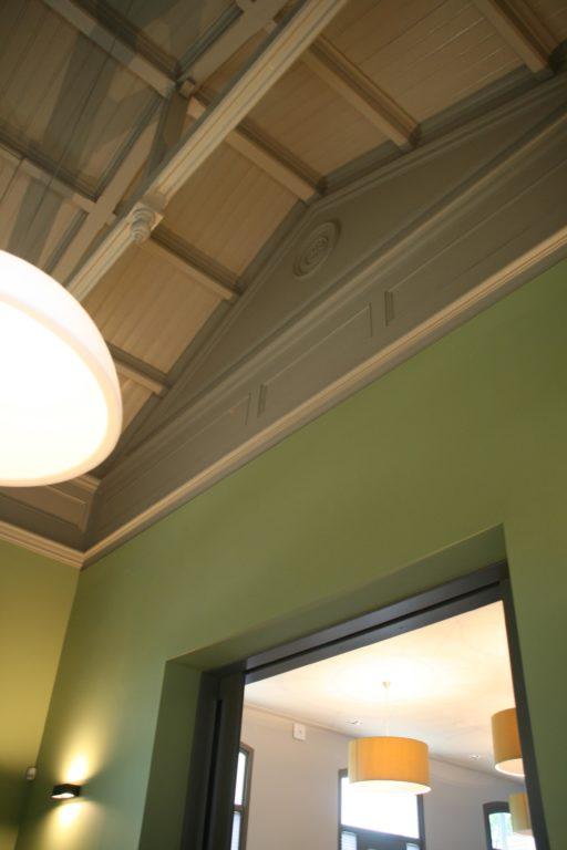 drijvers-oisterwijk-station-vught-verbouwing-interieur-kantoor-tapijt-grijs-groen (7)