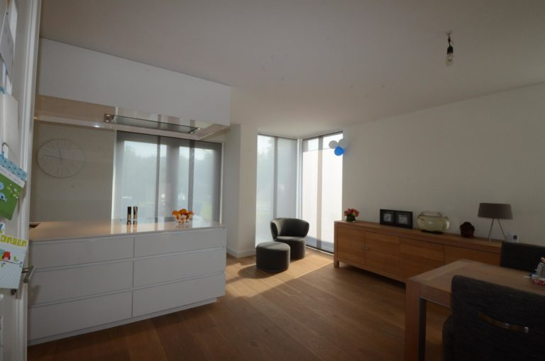 drijvers-oisterwijk-nieuwbouw-woonhuis-interieur-modern-hout-licht (15)