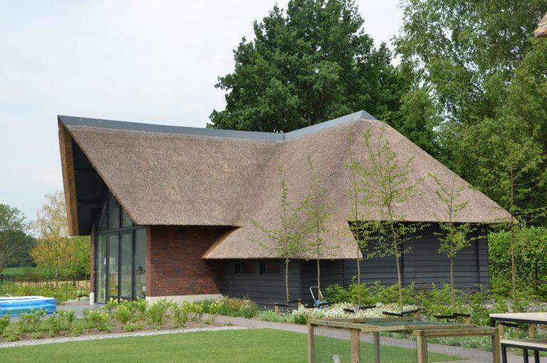 drijvers-oisterwijk-villa-Giersbergen-riet-modern-landelijk (28)