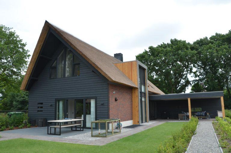 -drijvers-oisterwijk-villa-Giersbergen-riet-modern-landelijk (30)