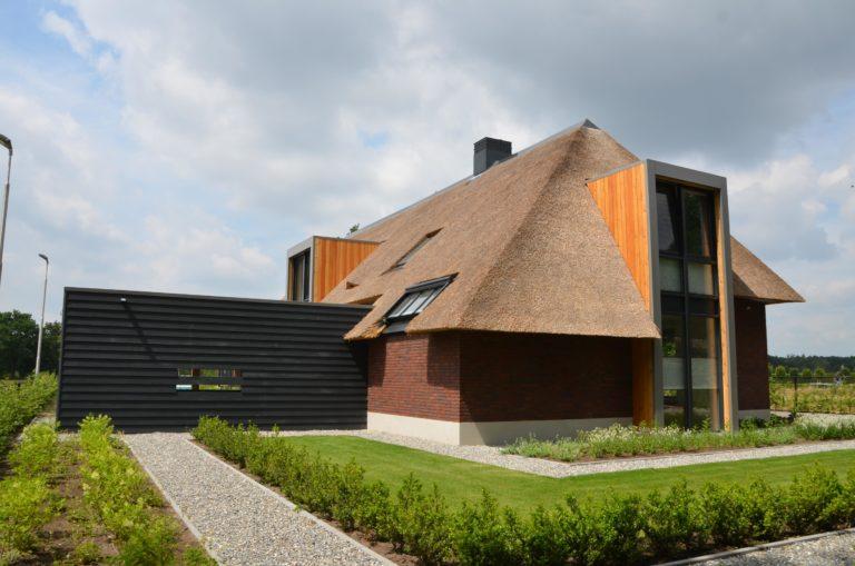 drijvers-oisterwijk-villa-Giersbergen-riet-modern-landelijk (33)