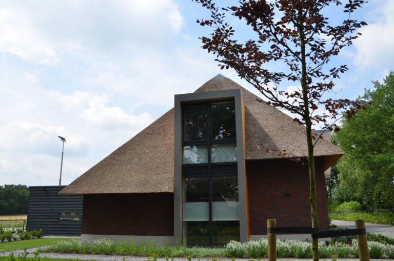 drijvers-oisterwijk-villa-Giersbergen-riet-modern-landelijk (34)